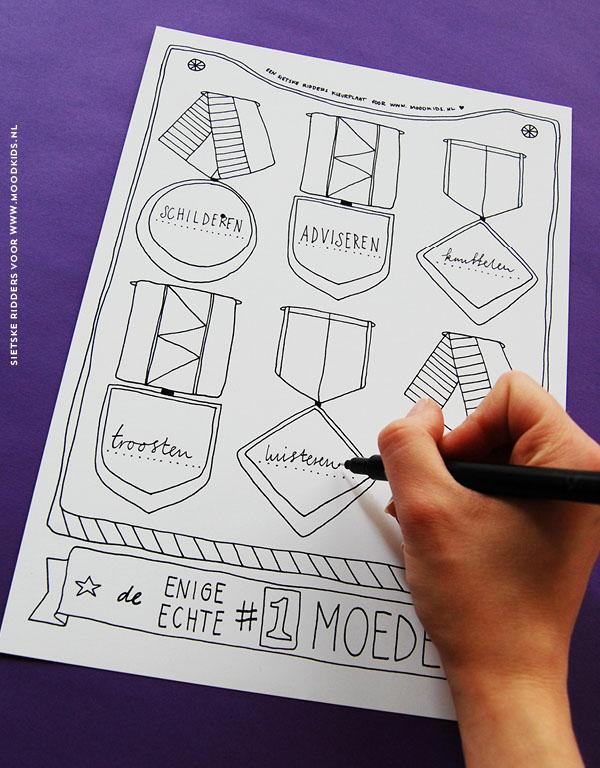 Mooie Kleurplaten Voor Moederdag.Kleurplaat Moederdag Medaille Matje Voor Mama
