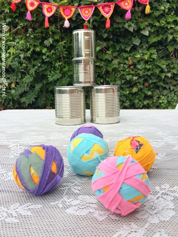 ballengooien met circus ballen  DIY