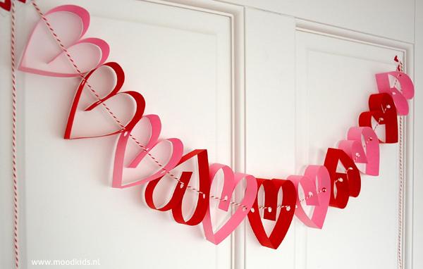 papieren hartjes slinger maken