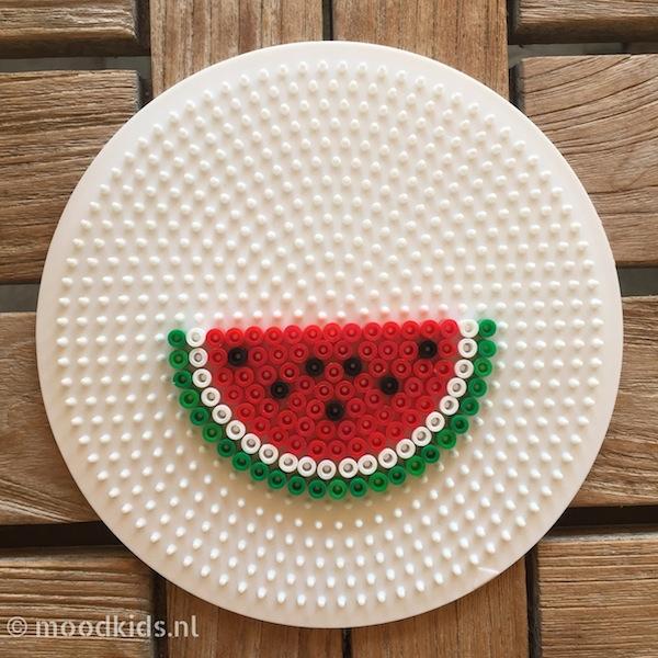 watermeloen strijkkralen patroon, watermeloen ketting, watermeloen diy