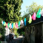 Zelf een tuinslinger maken; snelle versiering voor je tuinfeest