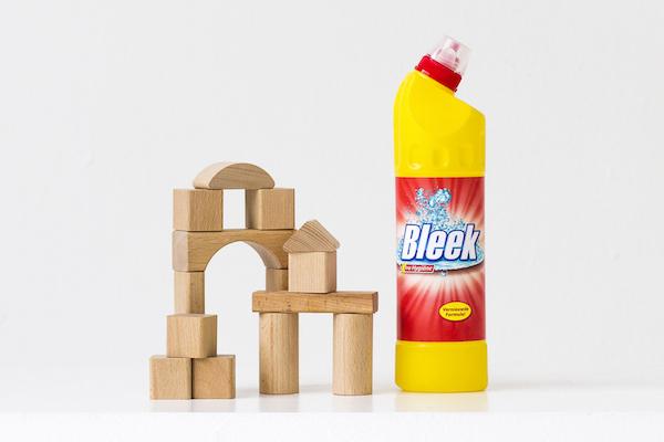 huishoudchemicaliën of speelgoed