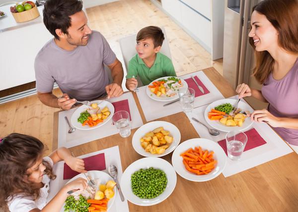 samen eten gezellig houden TIPS