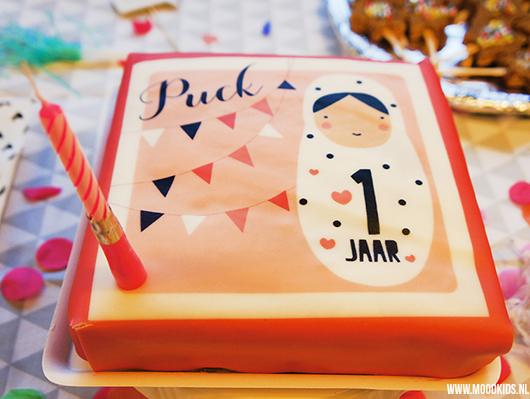 Uitpakken Tijdens De Eerste Verjaardag Van Je Kind Moodkids