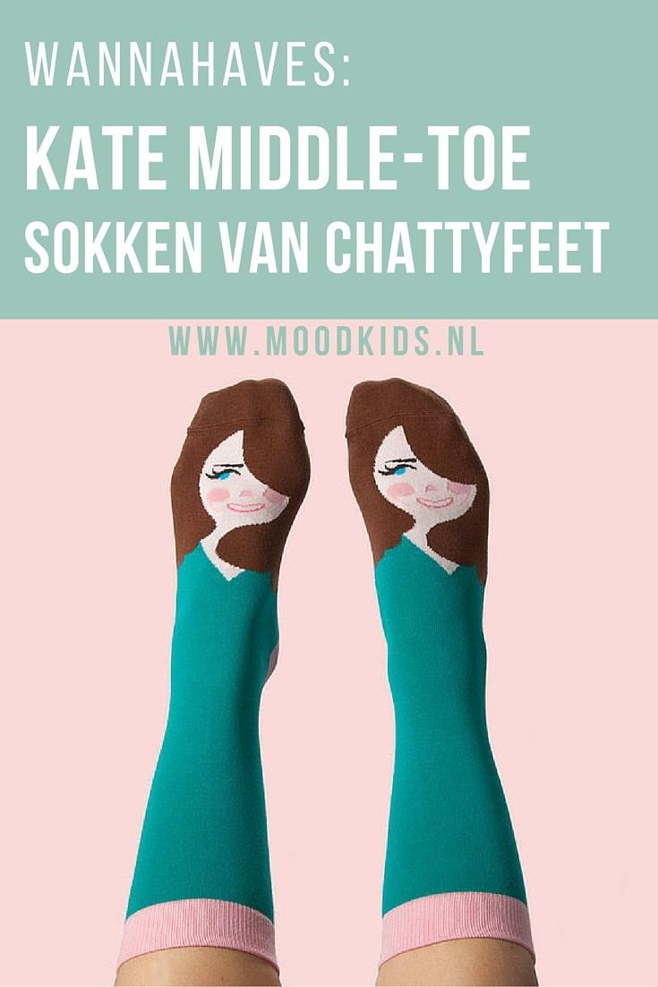 Wat zou er gebeuren als sokken konden praten? Twee mannen stelden zich deze vraag en starten ChattyFeet. Sokken met een knipoog, voor wat plezier!. Bekijk alle sokken hier.