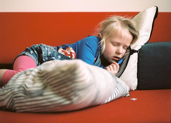 Suzanne's dochter was toe aan de basisschool. Nu gaat ze en komt ze kapot thuis van school. Dat heeft thuis effect en nu is Suzanne ook heel moe. Lees maar.