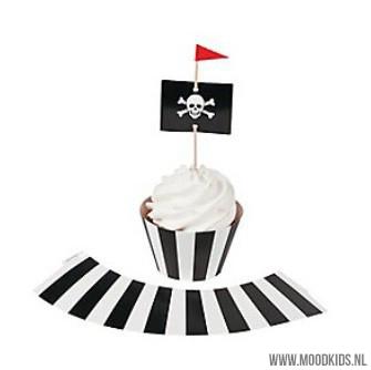 cupcakewrappers en toppers voor piraten traktatie