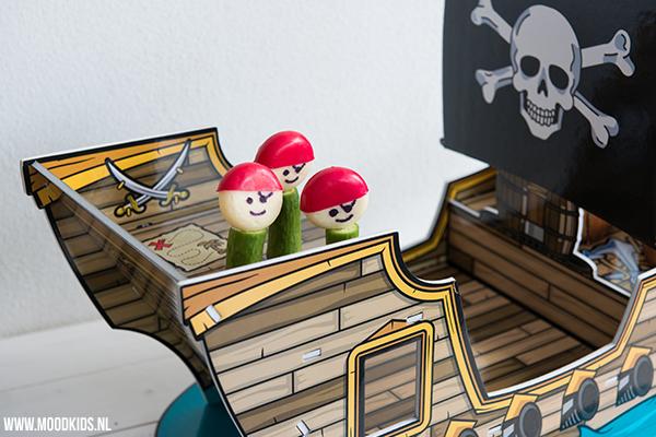 piraten traktaties met babybel en komkommer