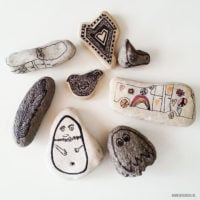 Stenen verzamelen en versieren
