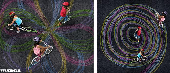 Stoepkrijt vinden bijna alle kinderen leuk. Met Chalktrail kun je met je fiets of step met stoepkrijten en zo de mooiste figuren maken. Steppen maar!