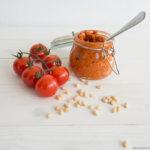 Tomatenpesto: dat maak je makkelijk zelf