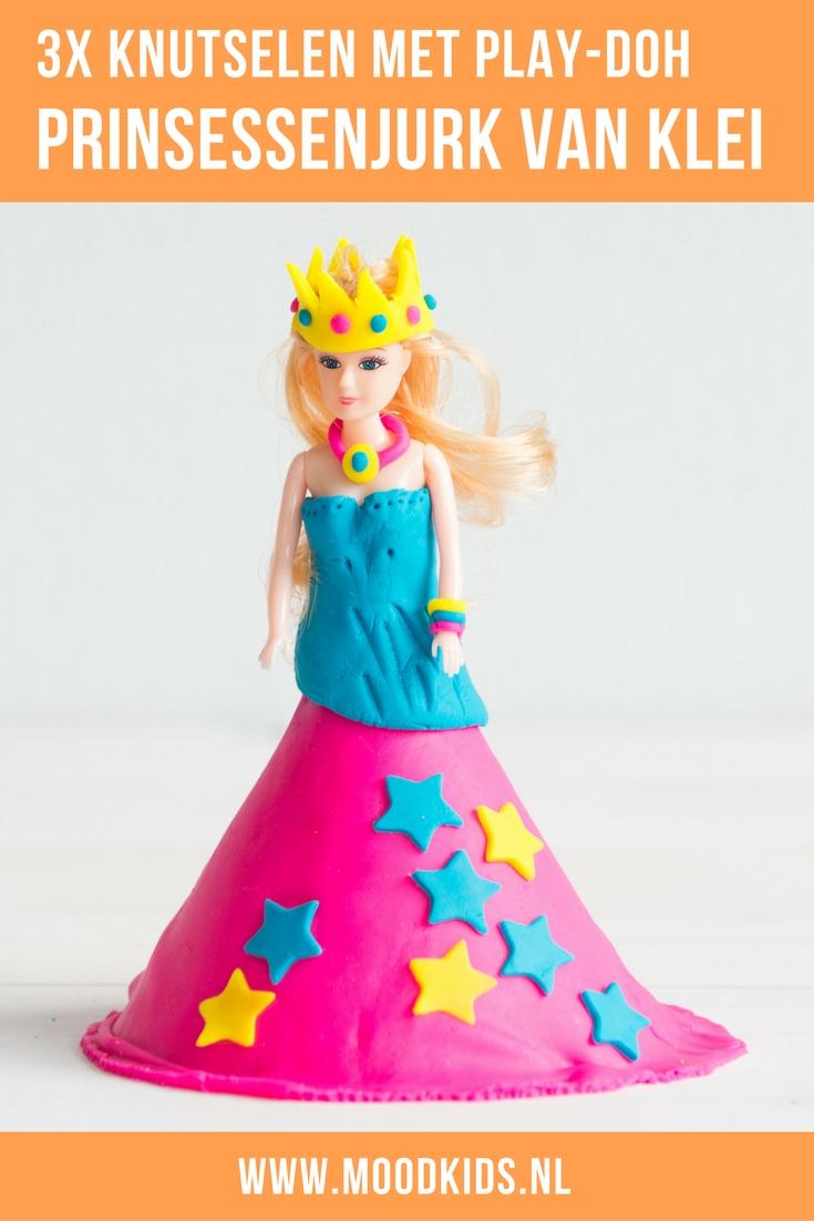 Drie leuke ideeën voor kinderen om te spelen met klei. Maak een prinsessenjurk of feestjurk voor je pop. Knutselen met klei.