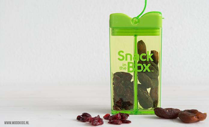 snack in the box - gedroogde abrikozen en cranberries