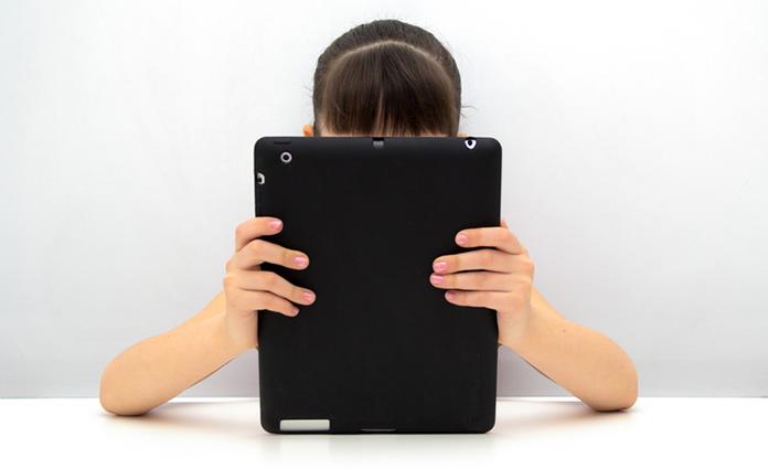 Smartphones en tablets zijn niet meer weg te denken uit onze maatschappij. Denk daarom na over hoe je om wilt gaan met het beeldschermgebruik van kinderen. We hebben handige tips en punten om over na te denken voor je op een rij gezet.