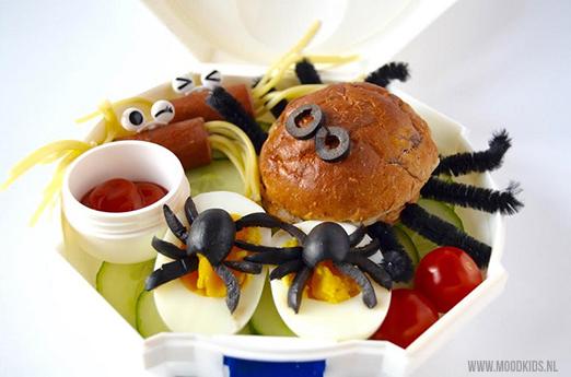 lunchtrommel-met-spinnen