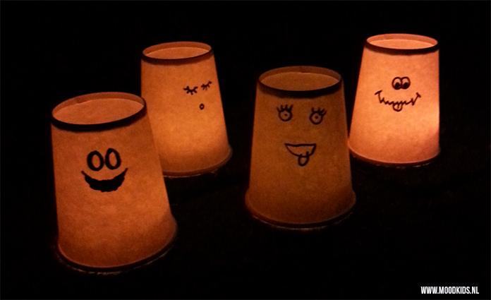 Deze verlichte spookjes maken voor Halloween is helemaal niet moeilijk. Met een klein beetje werk een groots effect. Echt leuk om samen met je kids te doen. Liza legt je uit hoe.
