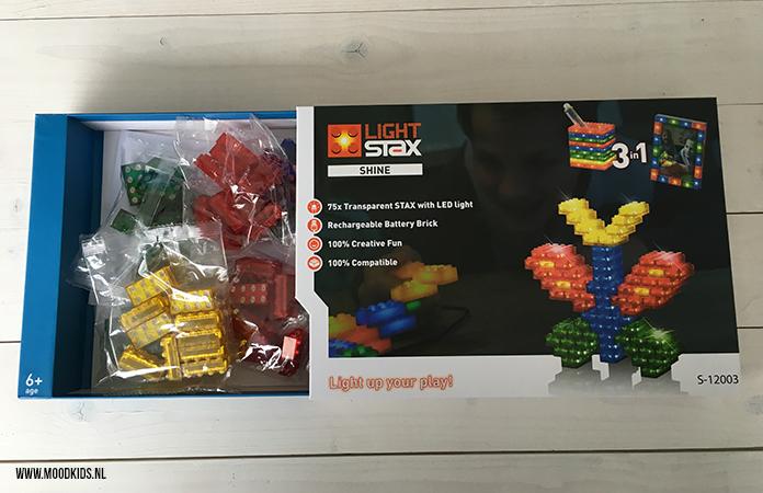 Geef je LEGO een nieuwe dimensie met LIGHT STAX tof. Dat zijn draadloze bouwstenen met LED-lampjes. Wij hebben het getest. Lees hier onze review.