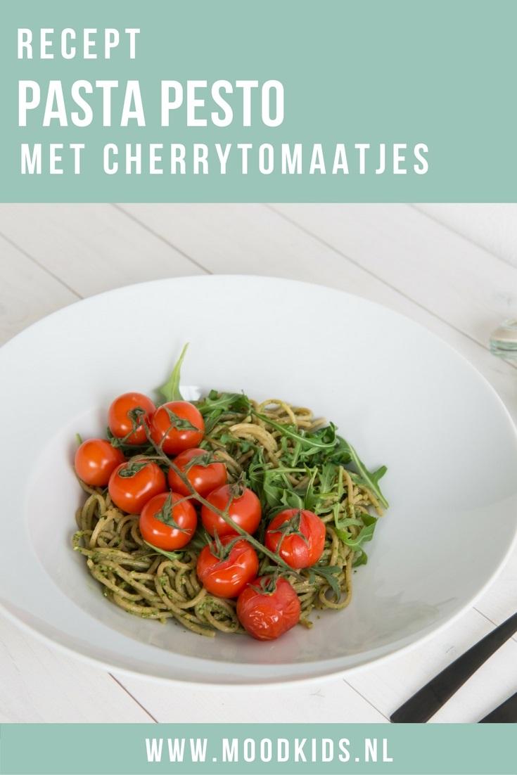 Op zoek naar een snelle, makkelijke en gezonde maaltijd voor je gezin? Deze pasta pesto met cherrytomaat staat in 20 minuten op tafel (met homemade pesto). Bekijk het recept hier.