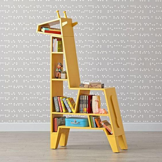 Boekenkast in de vorm van een giraffe van webshop The Land of Nod