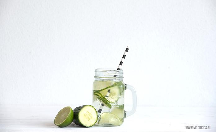 Maak water drinken makkelijker voor je kind met deze water suggesties. Bekijk ze hier.