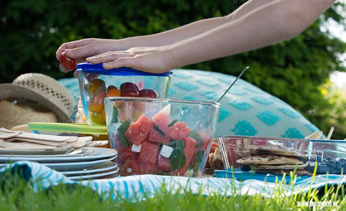 Picknicken doen we graag. We delen onze favoriete gerechtjes en hebben nog andere handige tips voor je waarmee picknicken met kinderen geslaagd wordt.