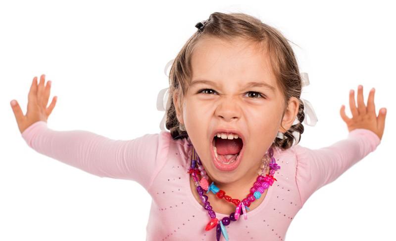 Bij hooggevoelige kinderen denkt men al snel aan geremde kinderen. Dat klopt niet, ze kunnen ook actief en onderzoekend zijn. Een hoogstimulatief kind.