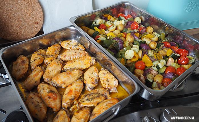 grieks feestje met citroen kipkluifjes en groente uit de oven | moodkids