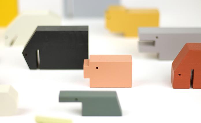 Floris Hovers. Als je van Dutch Design houdt, dan ken je deze naam absoluut. Hou je ook van houten speelgoed en houten dieren, dan is dit dé tip! Lees hier meer.