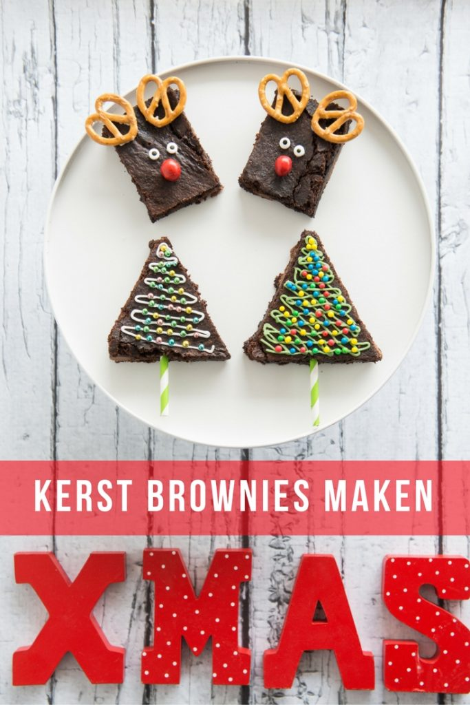 Een lekker recept met chocolade is altijd een goed idee. Als lekkernij voor het kerstdiner op school of thuis maak je deze leuke rendier brownies en kerstboom brownies.