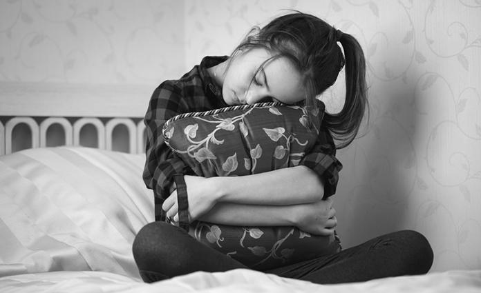 Heb je ook een kind dat heimwee heeft als hij ergens anders logeert? Of als je een paar dagen van huis bent? Kindercoach Charlotte heeft handige tips!