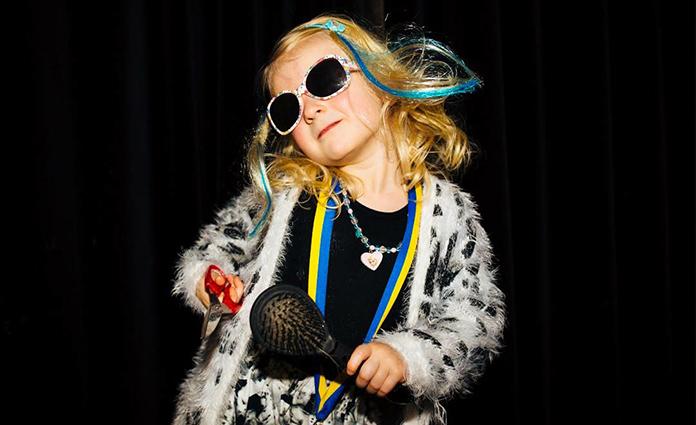 Als je weinig met Carnaval hebt en je kids vieren wel carnaval op school dan moet je er als ouder toch aan geloven. Suzanne zat in die positie en verzamelde daarom handige tips voor ouders als haarzelf. Onze carnaval voor dummies tips lees je hier.