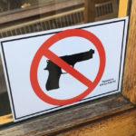 Geen luizen, wel geweren…