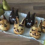 Peren paashaasjes met een vulling van pecan- en walnoten