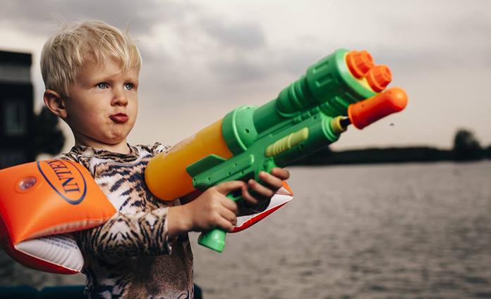 Mijn zoon is bijna 4. Hij is de afgelopen weken bezig met een inhaalslag. Een inhaalslag in woedeaanvallen. Man, man, wat een boosheid 'ineens'.