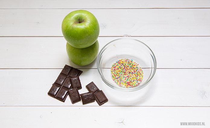 Een gezonde appel traktatie met pure chocolade en discodip. En dat beetje discodip ziet de juf echt wel door de vingers hoor. Makkelijk te maken en lekker!