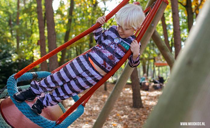 Ben je op zoek naar een leuk pretpark voor kleine kinderen? Julianatoren is een aanrader. Met in de vakanties vaak een leuk programma.