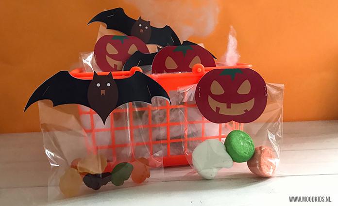 Leuke Halloween Traktaties.Halloween Traktatiezakjes Maken Gratis Printable Moodkids