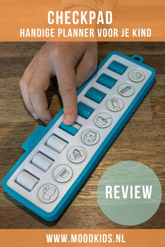 De Checkpad is een handiger planner/checklist voor de taakjes van je kind in een tof én handig herbruikbaar jasje. Weer een geweldig product van Gezinnig! #planner #checklist #opvoeden