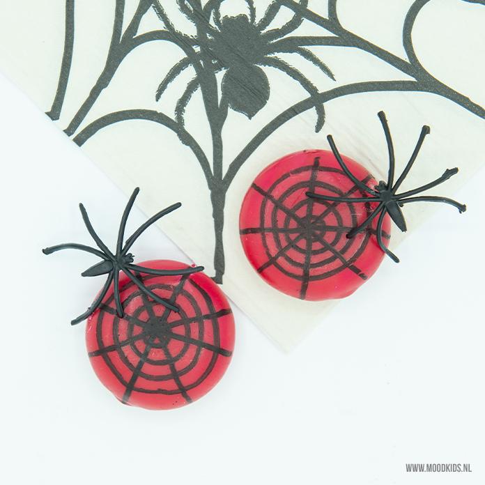 spinnen halloween traktatie babybel